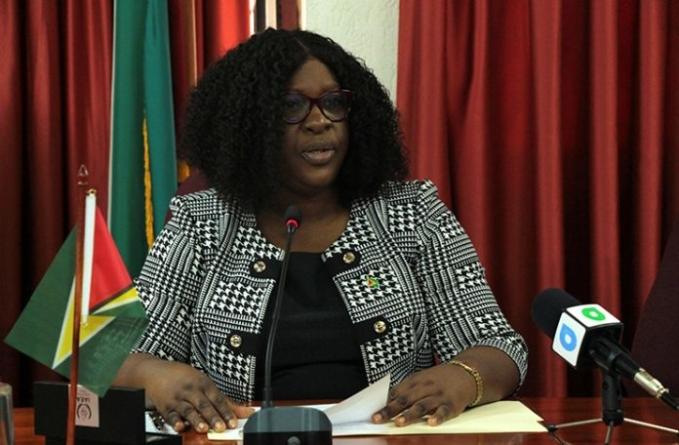 Gov't regrets `misunderstanding' over Cummings statement to observers