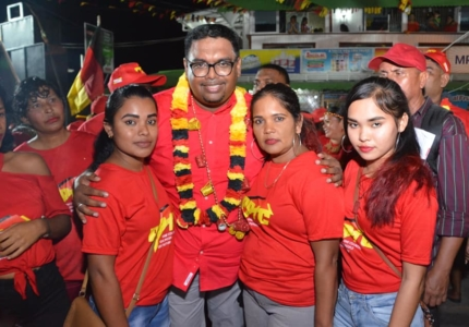 irfaan-ali-with-supporters-in-bartica