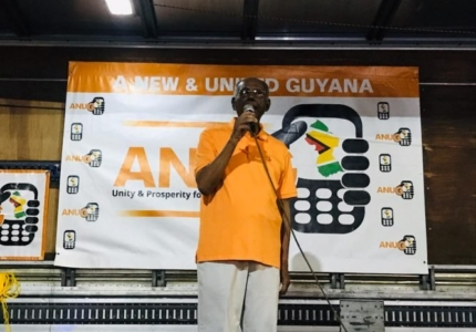 presidential-candidate-of-a-new-and-united-guyana-ralph-ramkarran-addressing-the-gathering-at-stabroek-square