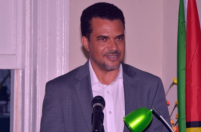 Jonas questions security of unverified SoPs