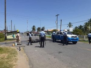 Protestors burn tyres, picket at Belladrum for the release of Mingo