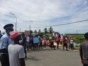 Residents protest at Belladrum, Mahaicony, East Coast Demerara
