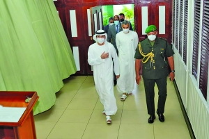 His Highness, Sheikh Ahmad Dalmook Juma Al Maktoum and delegation arriving at the Office of the President on Thursday
