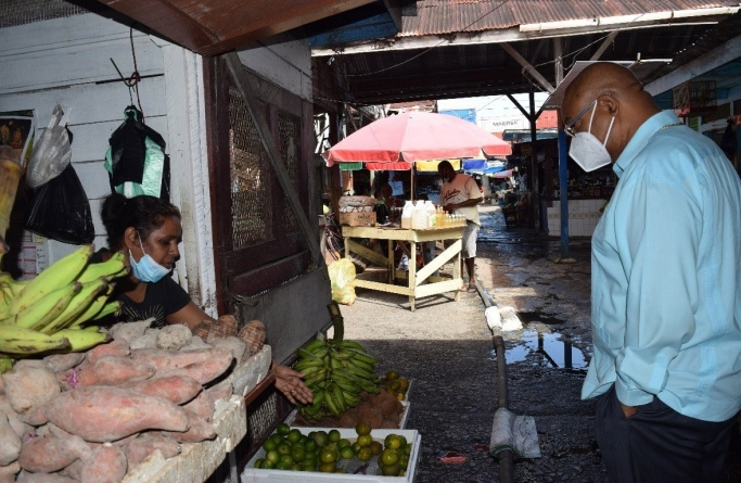 Edghill intervenes in Stabroek Market flooding woes