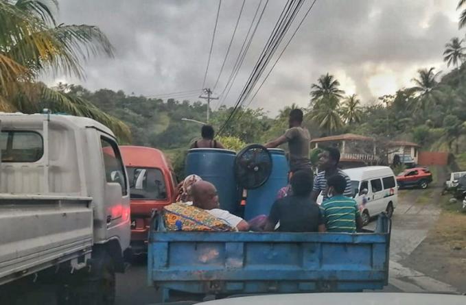 Guyanese in St Vincent form bond
