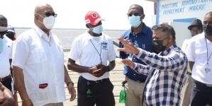 Ministers engage Parika, Vreed-en-Hoop speedboat operators