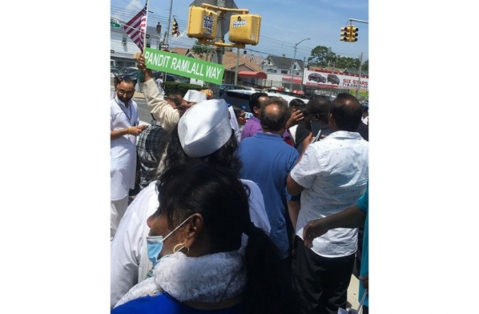 NY Street co-named after Guyanese pandit