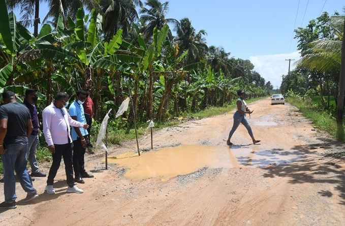 $110M in contracts signed for road works in Wakenaam