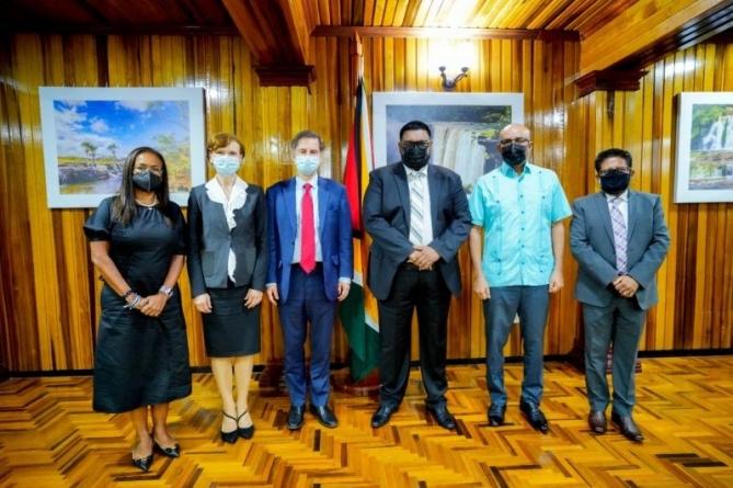 President seeks partnership with World Bank on educational advancement