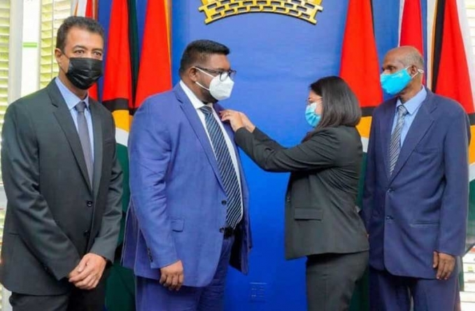President Ali receives Paul Harris Fellow Award