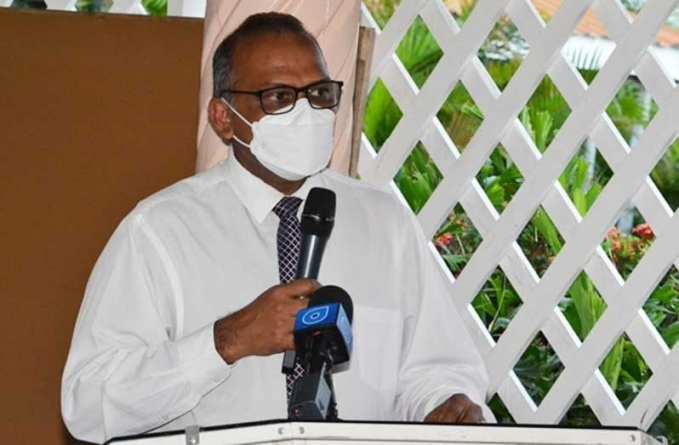 Health Minister: Businesses must enforce COVID-19 measures