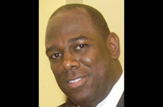 Pastor Howell rebukes Burke, others for duplicitous behaviour