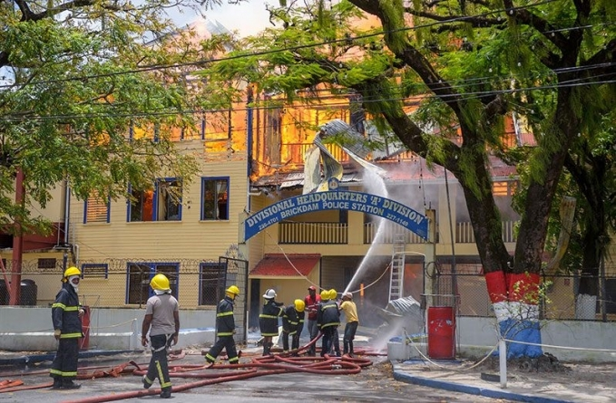 Prisoner confesses to 'burning down' Brickdam Police Station